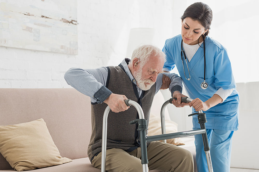 Read more about the article 8 Perks of Working in Home Health Care