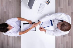 How to Find the Right Health Care Professionals for Your Facility