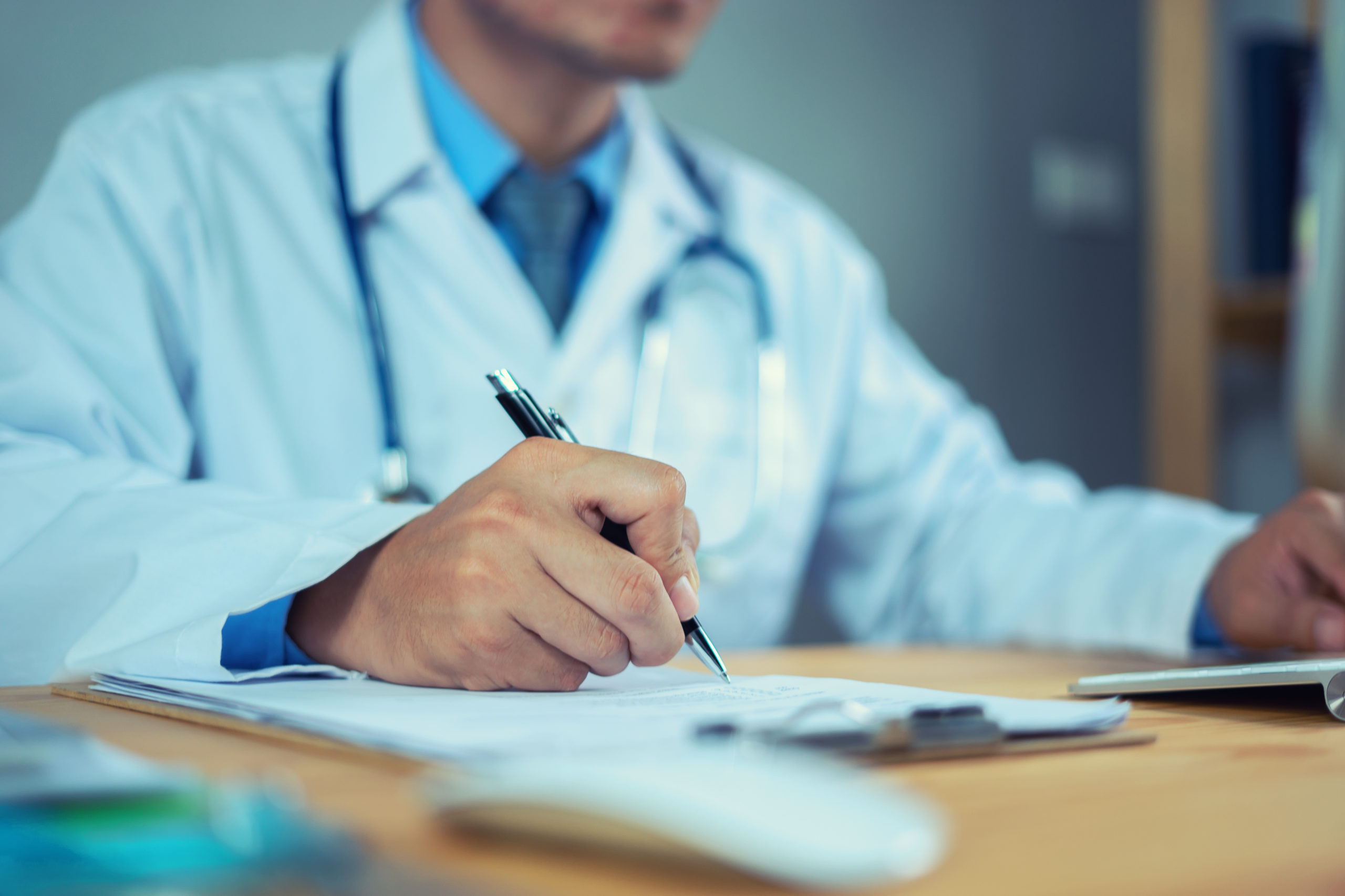 Read more about the article 9 Ways Hospitals Can Cut Costs Immediately