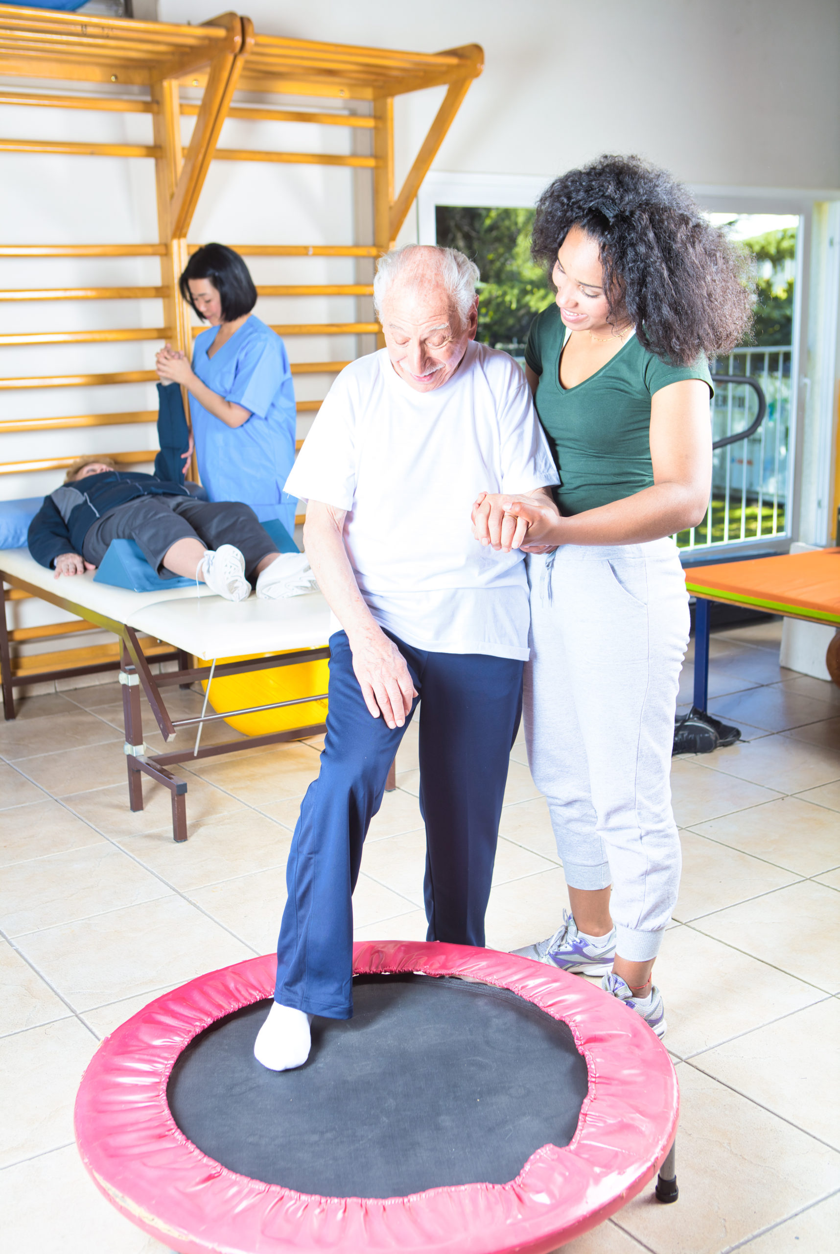 Read more about the article Geriatric Care: Benefits of Physical Therapy